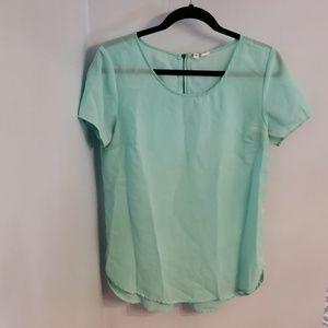 Womens short sleeved blouse